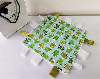 Little Green Frogs - Plush Trendy Taggie Blanket