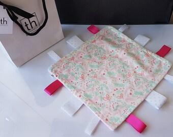 Pink Unicorn - Plush Trendy Taggie Blanket