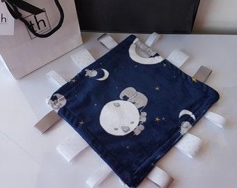 Mr Sandman - Plush Trendy Taggie Blanket
