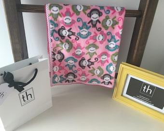 Zoologie Monkeys Pink  - Plush Trendy Comfort Blanket