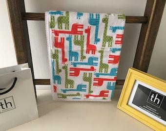 Zoology Giraffe Red - Plush Trendy Comfort Blanket