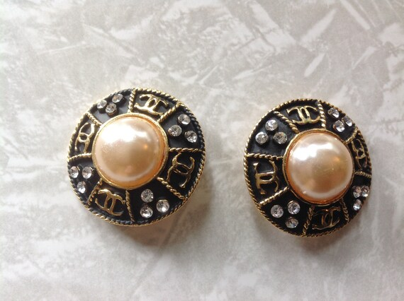 Sparkly Faux Pearl Vintage 1970s Hair Clip