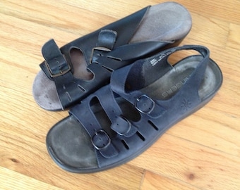 REDUCED! Clark's Springers Strappy leather women's comfort sandals size 8