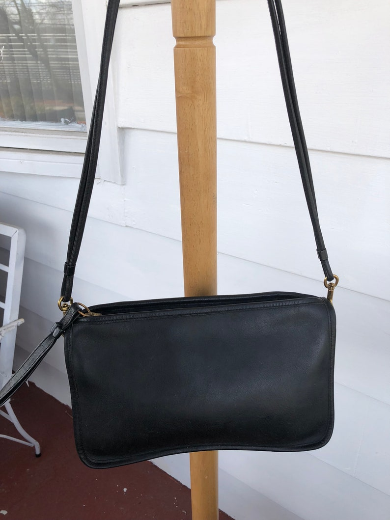 REDUCED Vintage Coach Black Leather 70s Coach purse from the  6272c502e9cf4