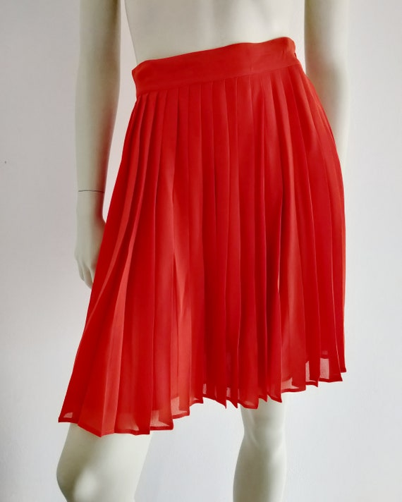 1980s GENNY pure silk red poppy pleated skirt