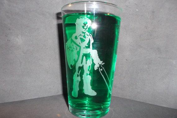 Link etched pub glass 16 oz