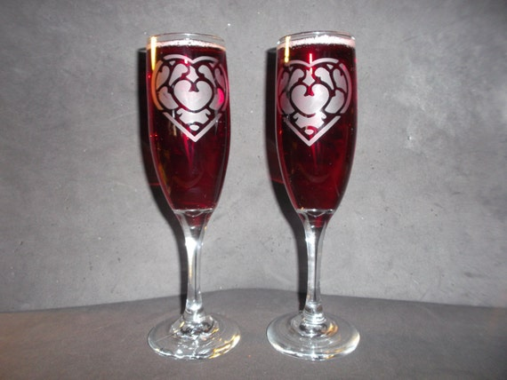 2 Heart container etched/engraved champagne flutes