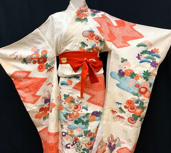 Japanese FURISODE Kimono/ Silk Kimono/ Vintage Lon