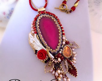 Embroidery long fuchsia necklace, jewel with agate, pearl pendant, red pendant, jewelry made in Italy, gift for you, OOAK