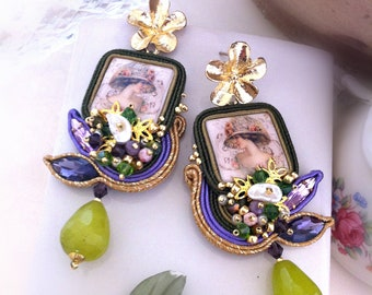 Soutaches earrings, handmade cabochon, made in Italy, purple green earrings, embroidery, pearls, green agate drop, long, pendant, OOAK