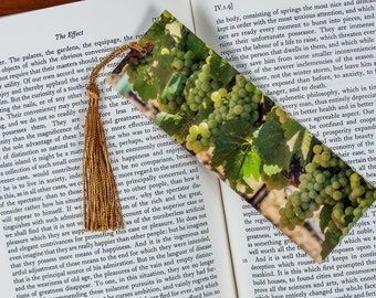 Laminated bookmark of a Row of White Wine Grapes