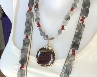 Boho Style Grey Quartz  Beaded Necklace With Pendant