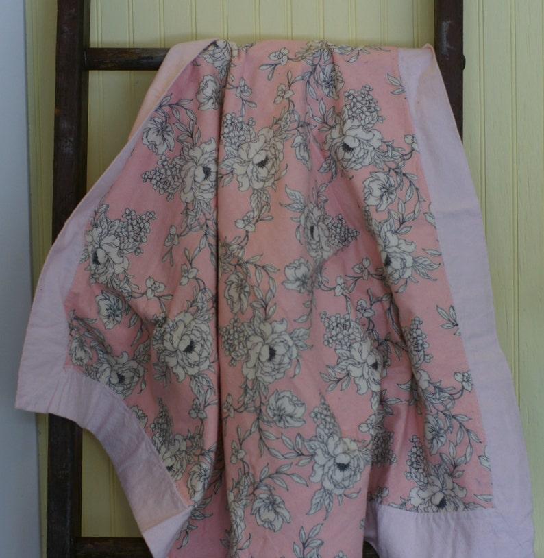 Pink bedding Baby blanket Flannel bedding Crib quilt Crib blanket Receiving blanket Baby girl bedding.
