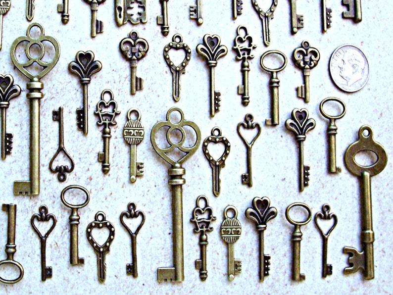 Old Brass Steampunk Skeleton Keys Charms Wedding Antique Beading Supplies Vintage Pendant Invitation Announcement Engagement Greeting Cards