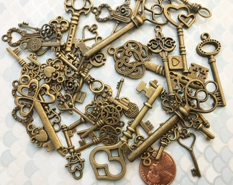 Replica Silver & Brass Keys of Peace Steampunk Skeleton Charms Jewelry Gothic Wedding Beads Pendant Decor Craft Reproduction Vintage Antique