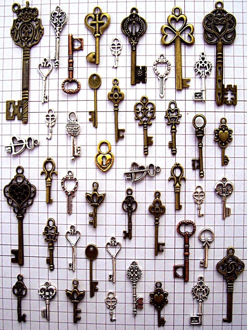 43 Bulk Lot Steampunk Skeleton Keys Brass Charms Jewelry image 0