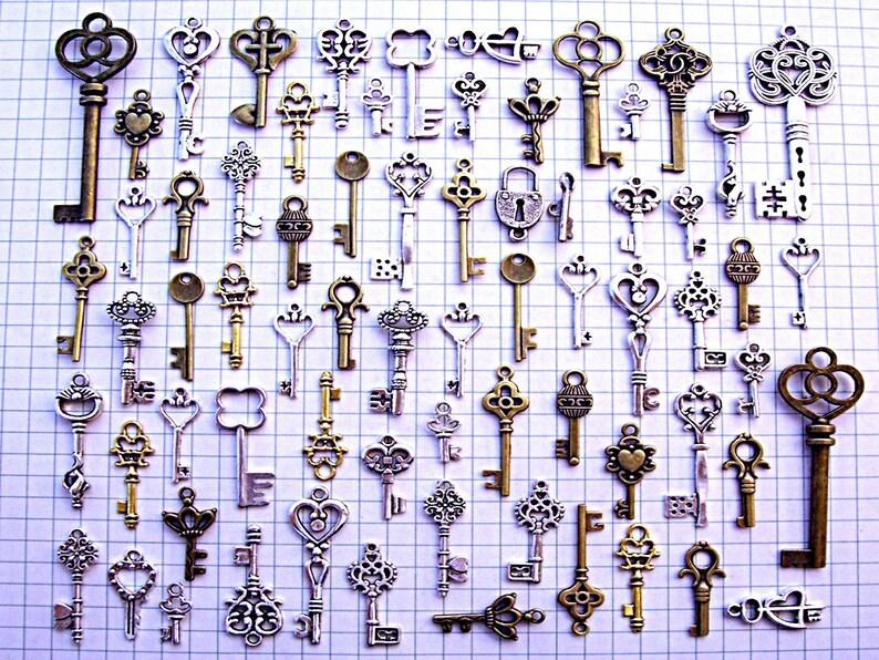Bulk Skeleton Keys Vintage Antique Look Charms Jewelry Steampunk DIY Wedding Bead Supplies Pendant Craft Holiday Gift DIY Invitation Ring