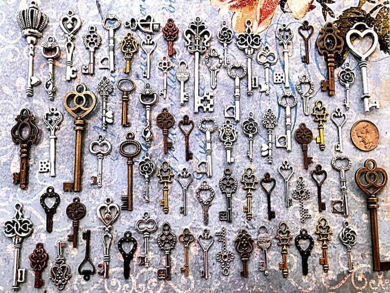 New Bulk Lot Skeleton Keys Vintage Antique Look Replica Charms Jewelry Steampunk Wedding Escort Bead Supplies Pendant  Reproduction Craft