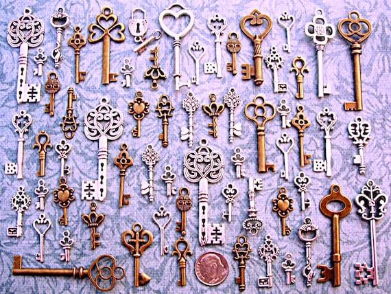 12 Antiqued Silver Tone Skeleton Keys Wedding Vintage Style  Pendants Charms Mix