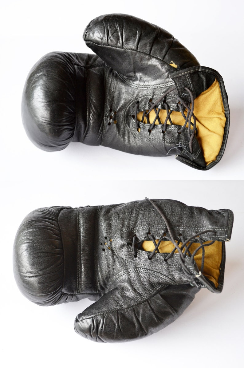 Rocky Balboa Decor Boxing Gloves Lace Up Classic Box Gloves Vintage Boxing Gloves Retro Sport Equipment Old Leather Boxing Fight Gloves