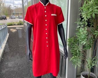 SUNSHINE STARSHINE Vintage 1980s Short Sleeve Knee Length Shift Dress w/ Mandarin Collar and Shoulder Pads - Faux Button Front - Size Large