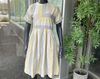 STARLO FASHIONS Vintage 1990s Cotton Blend Wide Colorblock Stripe Short Sleeve Button-Shoulder Skater Dress - Size 6 - Yellow White  & Gray