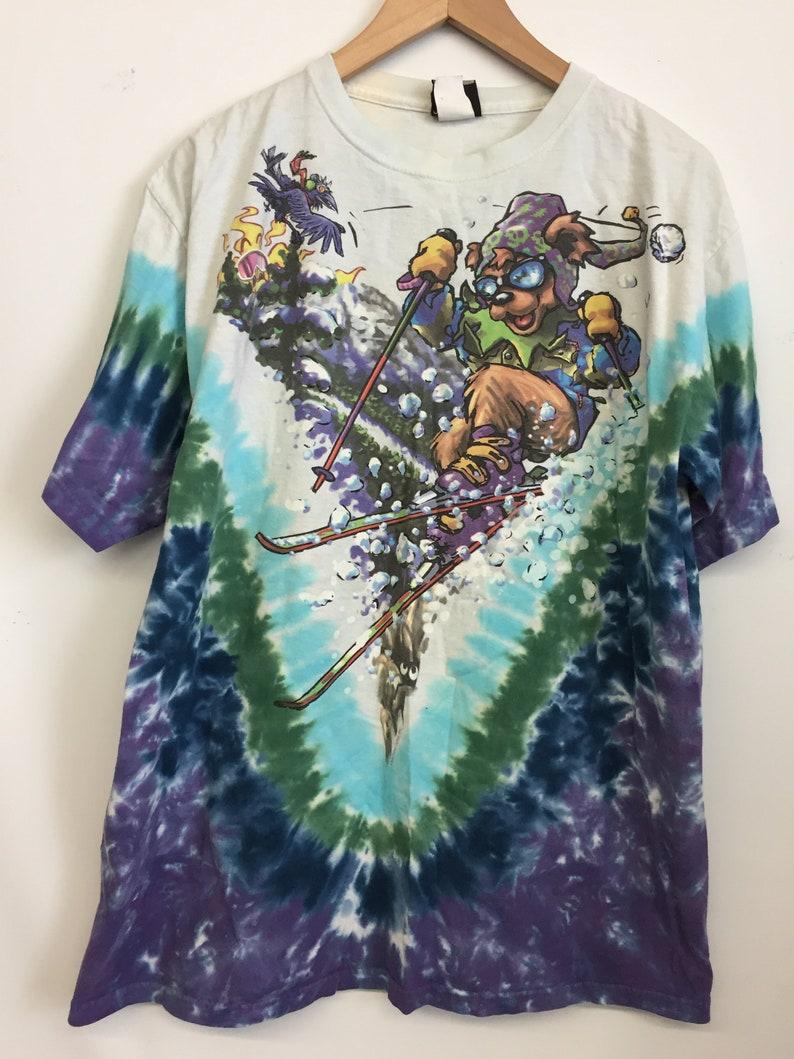 33b1d99f424a GRATEFUL DEAD Ski Team Bear 1996 AMAZING Tie Dye T-Shirt