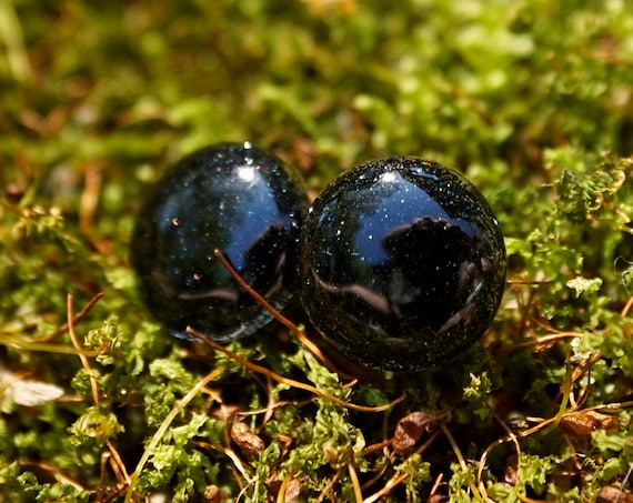 Black Micro Glitter Resin Stud Earrings - Round - 12mm