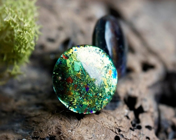 Green Blue Color Shifting Holo Resin Stud Earrings - Round - 12mm - Surgical Steel