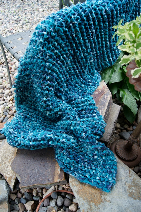 Decorative Hand Knit Bright Blue Chunky Flannel Throw / Lap Blanket