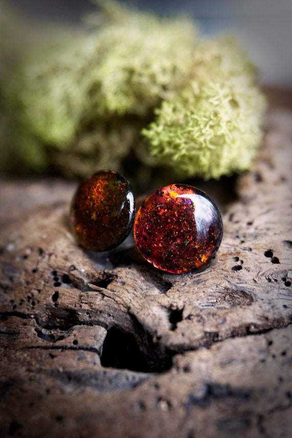 Red Orange Color Shifting Holo Resin Stud Earrings - Round - 12mm - Surgical Steel