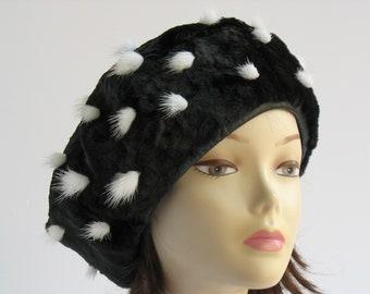 8ccf75c6a56 Black Beret Real Fur Beret Women s Shearling Beret Sheepskin Beret Winter  Hat Fashion Beret Gift For Her Black Hat Black Cap Soft Beret Hat