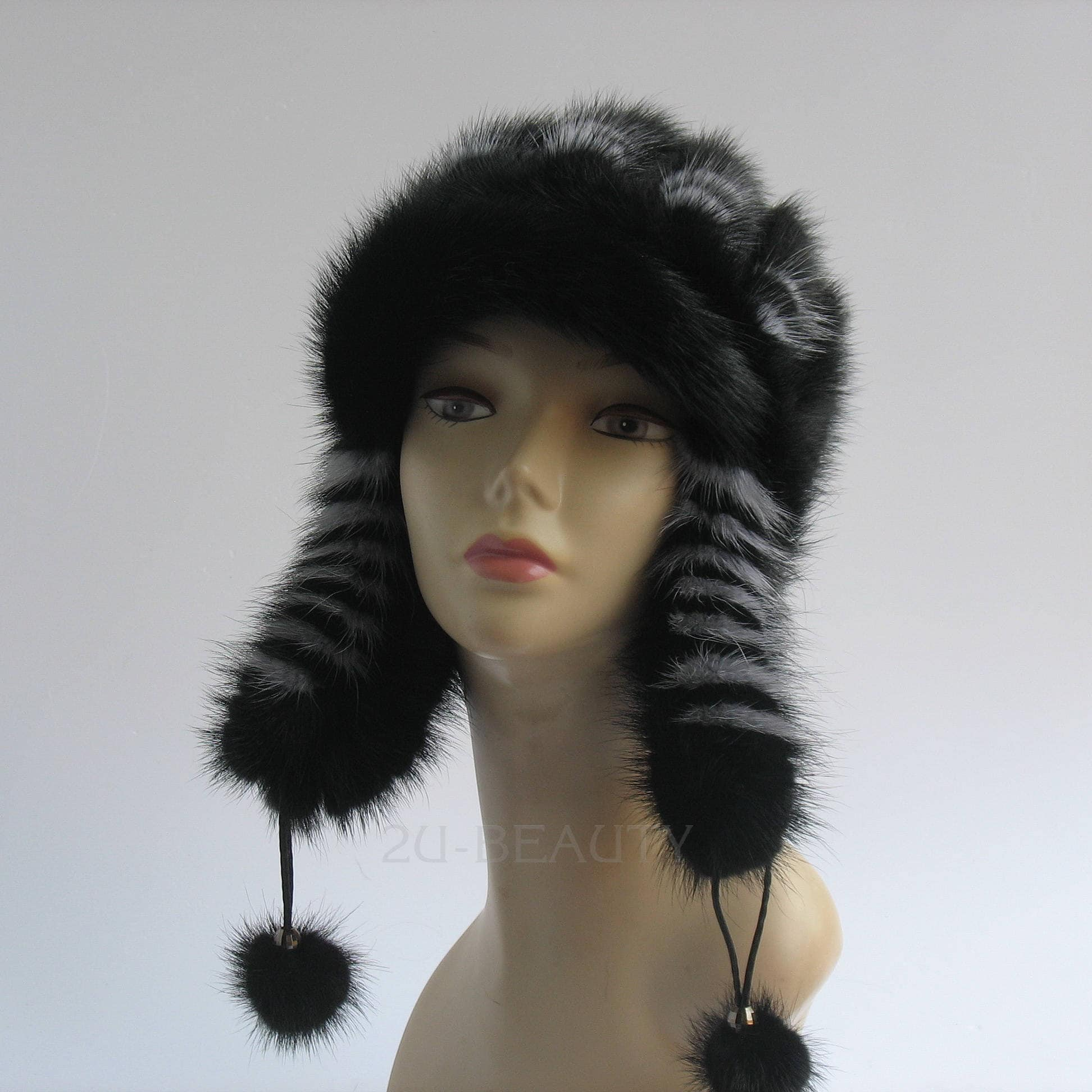 88f32fc8f4d Women winter hat Warm hat Pom pom beanie Pom pom hat Knit