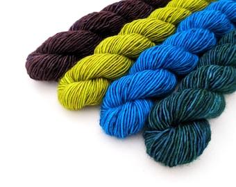 Mini Skein Set, hand dyed yarn, fingering weight yarn, superwash merino singles - 'Peacock' kettle dyed - Libertas single ply yarn