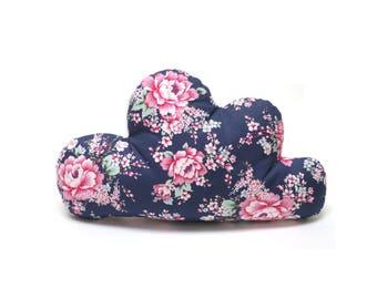 alle Materialien OEKO-TEX/® Standard 100 zertifiziert Blausberg Baby Schmusewolke Kissen in Wolken-Form mit Frottee-Seite Dekokissen handgefertigt in Hamburg Fountain Blau