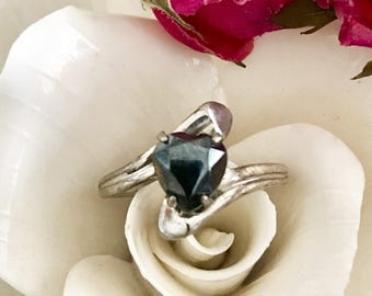Vintage rings Black heart ring cut cubic zirconia sterling silver vintage jewelry