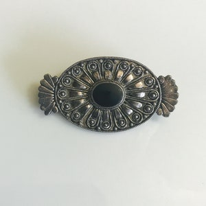 Brooches and jewelry pins black oval onyx center stone early 1900s women  girls  wife  mom anniversary jewelry