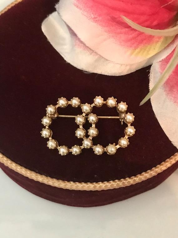 Haptian Pearl Lady Vintage Cameo Style Victorien Broche De F/ête De Mariage Couleur:perle-1pi/èce