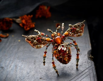 Beetle brooch, Insect brooch, Unique jewelry, Beetle pin, Insect jewelry, Statement jewelry, Insect art, Beadwork