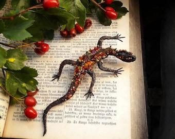 Lizard brooch, Reptile jewelry, Lizard pin, lizard jewelry, fashion jewelry, gift for her, autumn colors, Draco, reptile art