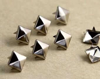 100pcs  Silver  rivet stud,metal pyramid rivet stud, Square Rivet  7mm,8mm,9mm,10mm PY09B