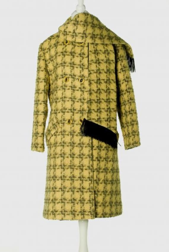1960's Houndstooth Wool Coat with Scarf-Collar