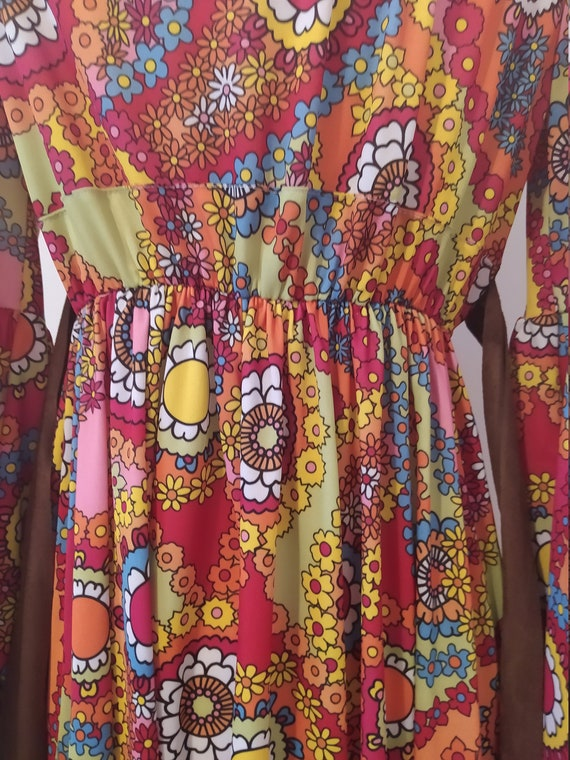1970s Psychedelic Paisley Print Maxi Dress - image 5