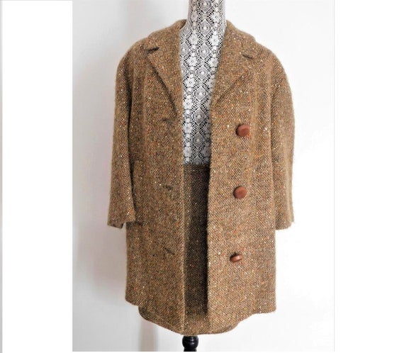 Vintage Tweed Two-Piece Jacket & Skirt Set