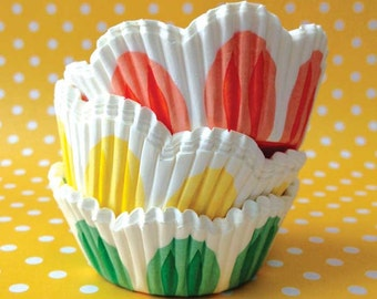 Tulip Cupcake Liners, 75 Scalloped Baking Cups, Made in Sweden