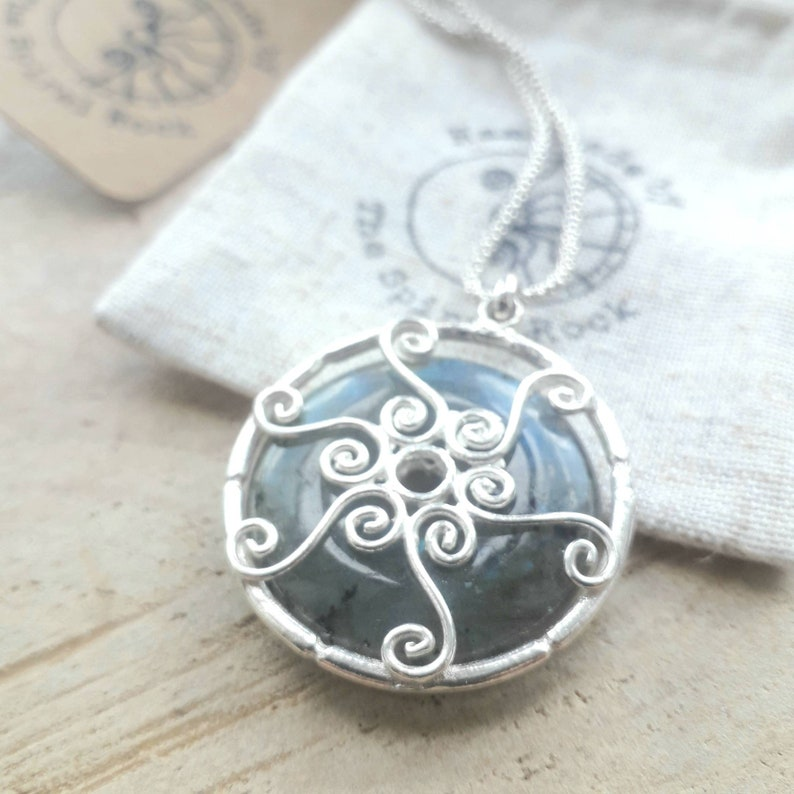 natural crystal  healing spiral gift for her, Round labradorite pendant silver pendant necklace