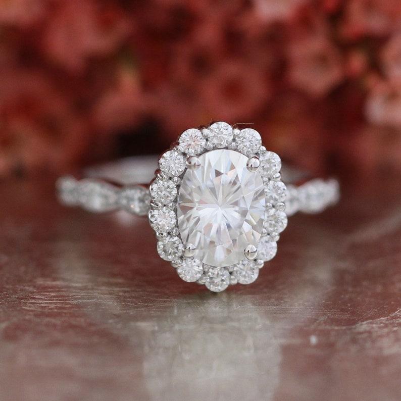18ba81c5467eb Oval Moissanite Engagement Ring in White Gold Halo Diamond Wedding Band,  Forever One Moissanite Ring 14k, 18k Rose Gold or Platinum, 8x6mm