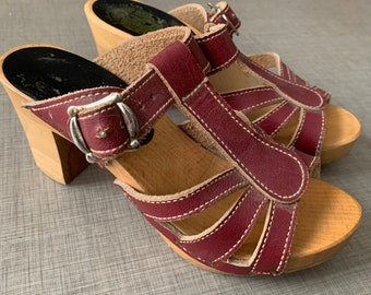 1970's Leather & Wooden Clog Mary Jane Sandals - Made By F.Walkley Clogs LTD - Made in the UK - Boho - Size UK 3