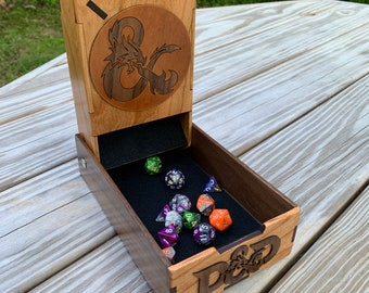 Dice Tower: a Dungeons & Dragons-themed Role Playing Game accessory - Roll your dice in style! - handcrafted of hardwoods - MADE TO ORDER