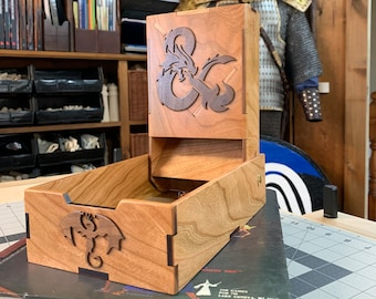 Folding Dice Tower: Board Game/RPG gaming aid, Dungeons & Dragons, Tabletop Wargames, laser-engraved / handcrafted, collapsible dice tower